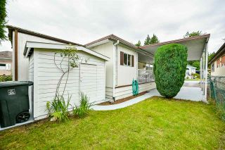 """Photo 2: 115 11930 PINYON Drive in Pitt Meadows: Central Meadows Manufactured Home for sale in """"Meadow Highlands Park"""" : MLS®# R2477089"""