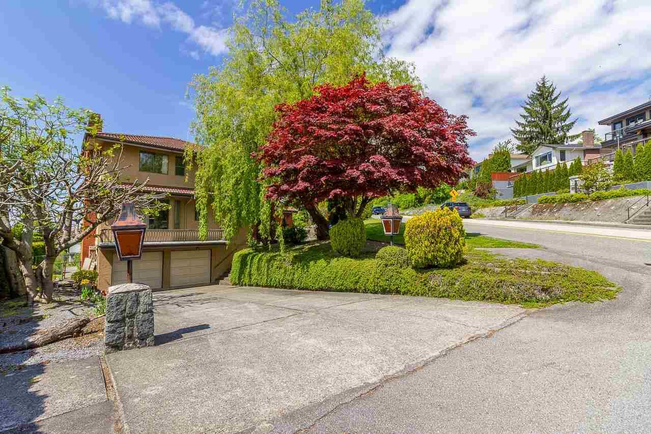Main Photo: 5390 EMPIRE DRIVE in Burnaby: Capitol Hill BN House for sale (Burnaby North)  : MLS®# R2579072
