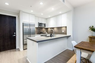 """Photo 7: 207 255 W 1ST Street in North Vancouver: Lower Lonsdale Condo for sale in """"West Quay"""" : MLS®# R2603882"""