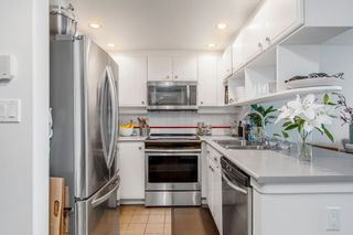 """Photo 9: 422 2255 W 4TH Avenue in Vancouver: Kitsilano Condo for sale in """"THE CAPERS BUILDING"""" (Vancouver West)  : MLS®# R2565232"""