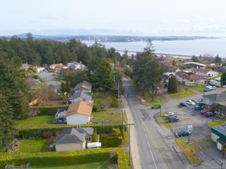 Photo 1: 380 Lagoon Rd in : Co Lagoon House for sale (Colwood)  : MLS®# 867063