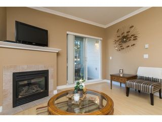 Photo 5: 204 1685 152A STREET in Surrey: King George Corridor Condo for sale (South Surrey White Rock)  : MLS®# R2228251