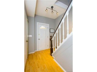 Photo 6: 304 Arnold Avenue in Winnipeg: Fort Rouge Residential for sale (1Aw)  : MLS®# 1700584