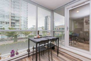 """Photo 7: 607 2978 GLEN Drive in Coquitlam: North Coquitlam Condo for sale in """"GRAND CENTRAL"""" : MLS®# R2302691"""