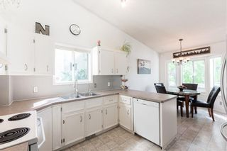 Photo 10: 144 RIVERBROOK Road SE in Calgary: Riverbend Detached for sale : MLS®# C4305996