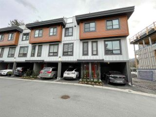 "Main Photo: 38 39769 GOVERNMENT Road in Squamish: Northyards Townhouse for sale in ""Breeze"" : MLS®# R2546853"