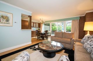 """Photo 5: 104 235 KEITH Road in West Vancouver: Cedardale Townhouse for sale in """"SPURAWAY GARDENS"""" : MLS®# R2518546"""