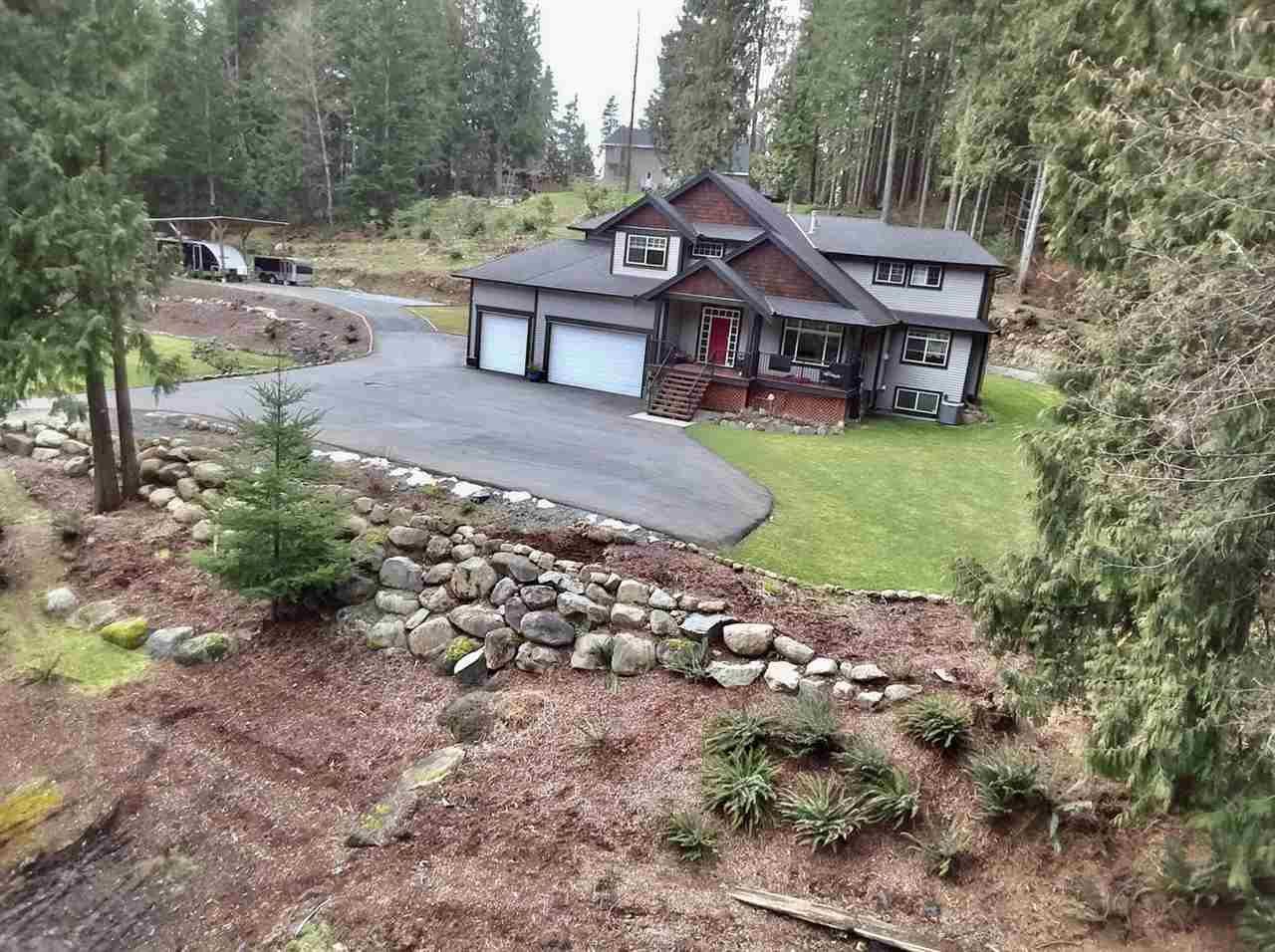 Main Photo: 12433 MCNUTT Road in Maple Ridge: Northeast House for sale : MLS®# R2547502
