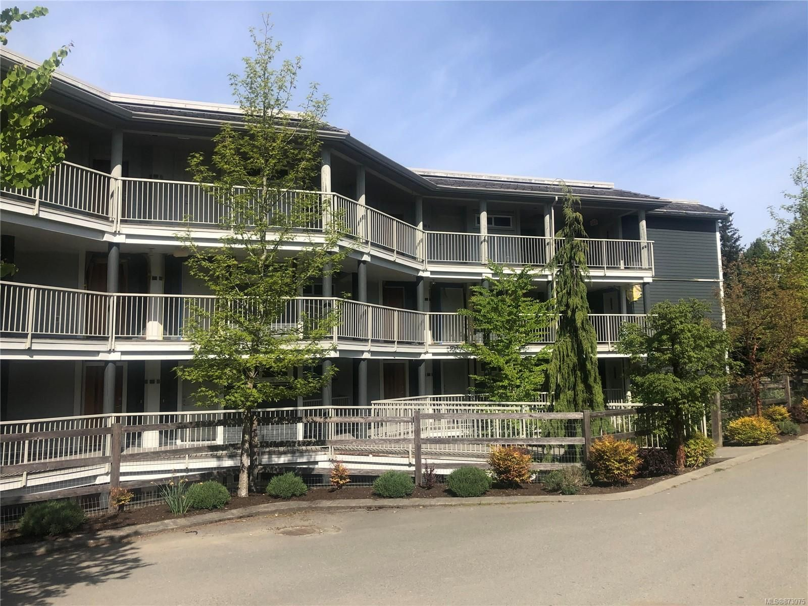 Main Photo: 220 1600 Stroulger Rd in : PQ Nanoose Condo for sale (Parksville/Qualicum)  : MLS®# 873975