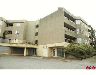 """Main Photo: 312 9632 120A Street in Surrey: Cedar Hills Condo for sale in """"CHANDLERS HILL"""" (North Surrey)  : MLS®# F2909251"""