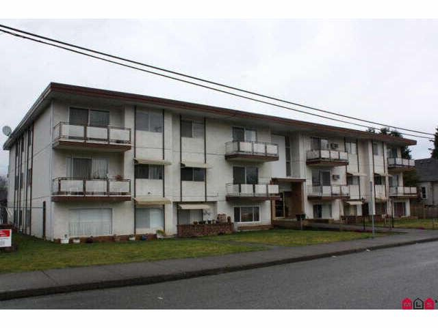 Main Photo: 301 46165 GORE Avenue in Chilliwack: Chilliwack E Young-Yale Condo for sale : MLS®# H1100955
