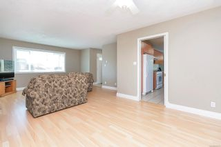 Photo 9: 682 Peto Crt in : SW Glanford House for sale (Saanich West)  : MLS®# 883176