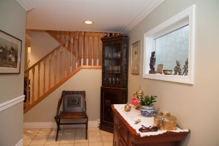 Photo 3: 11 4957 MARINE Drive in West Vancouver: Olde Caulfeild Townhouse for sale : MLS®# R2124115