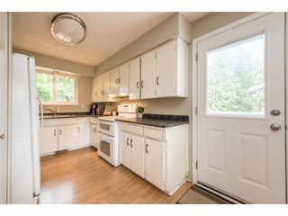 """Photo 7: 6982 CARIBOU Place in Delta: Sunshine Hills Woods House for sale in """"SUNSHINE HILLS"""" (N. Delta)  : MLS®# R2193889"""