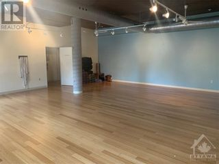Photo 16: 52 ARMSTRONG STREET in Ottawa: Retail for lease : MLS®# 1246765