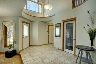 Photo 8: 38 Mt Kidd Road SE in Calgary: McKenzie Lake Detached for sale : MLS®# A1111288