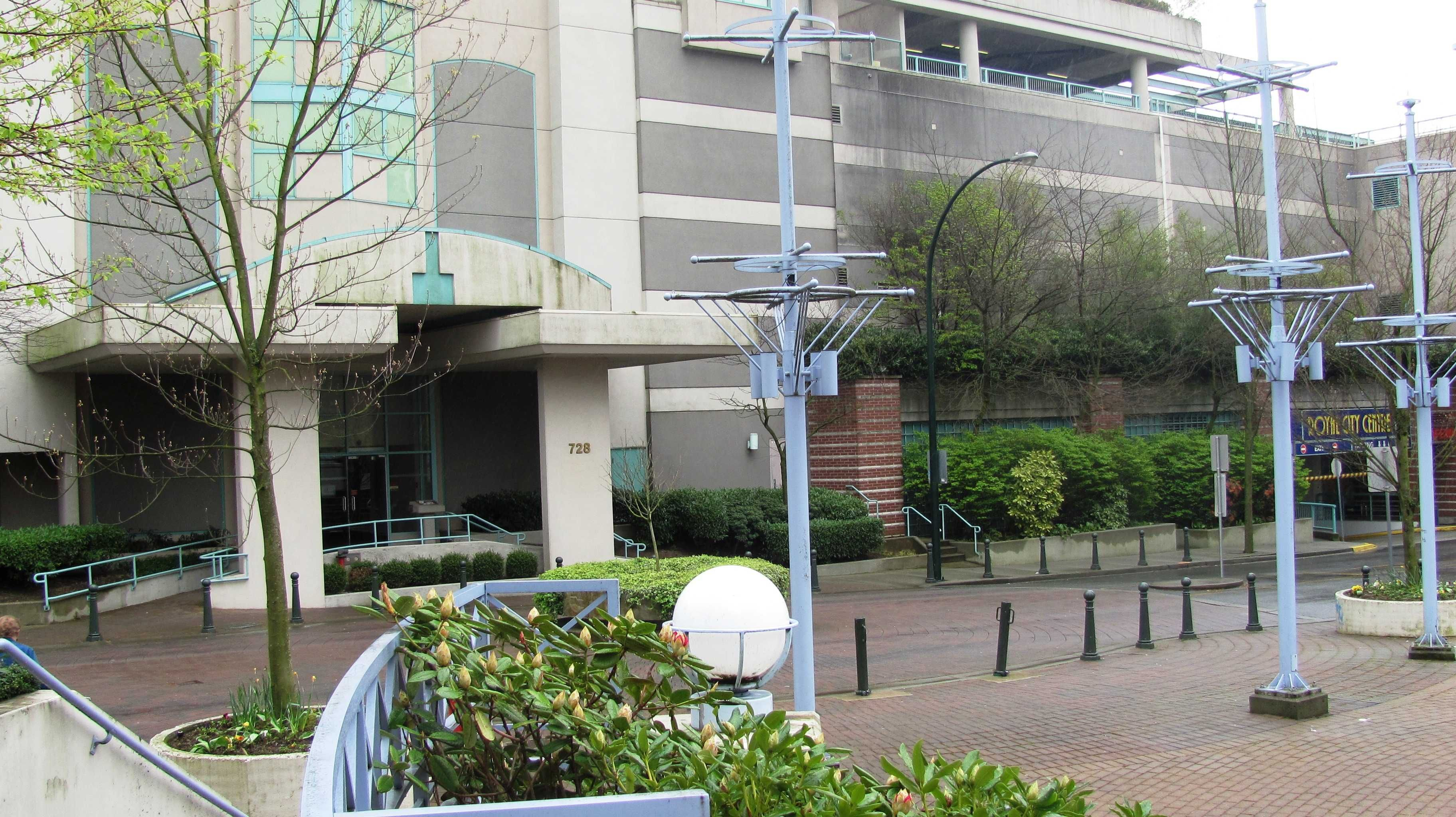 """Main Photo: 904 728 PRINCESS Street in New Westminster: Uptown NW Condo for sale in """"PRINCESS TOWER"""" : MLS®# V823200"""