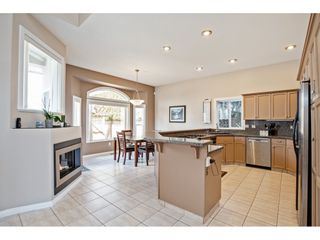 """Photo 4: 34928 EVERSON Place in Abbotsford: Abbotsford East House for sale in """"Everett Estates"""" : MLS®# R2456170"""