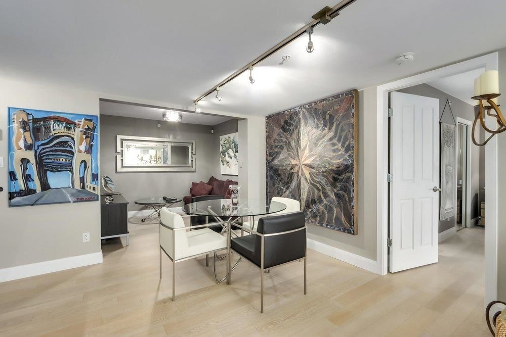"Main Photo: 601 1425 W 6TH Avenue in Vancouver: False Creek Condo for sale in ""Modena of Portico"" (Vancouver West)  : MLS®# R2624883"