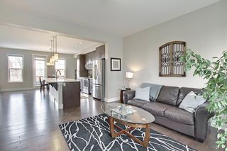 Photo 9: 444 Quarry Way SE in Calgary: Douglasdale/Glen Row/Townhouse for sale : MLS®# A1094767