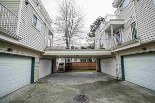 """Photo 2: 155 10077 156 Street in Surrey: Guildford Townhouse for sale in """"Guildford Park Estate"""" (North Surrey)  : MLS®# R2447053"""