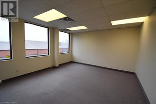 Photo 8: 55 MARY Street Unit# 206 in Lindsay: Other for lease : MLS®# 40100078