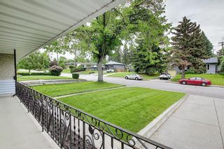 Photo 4: 29 CALANDAR Road NW in Calgary: Collingwood Detached for sale : MLS®# C4304918