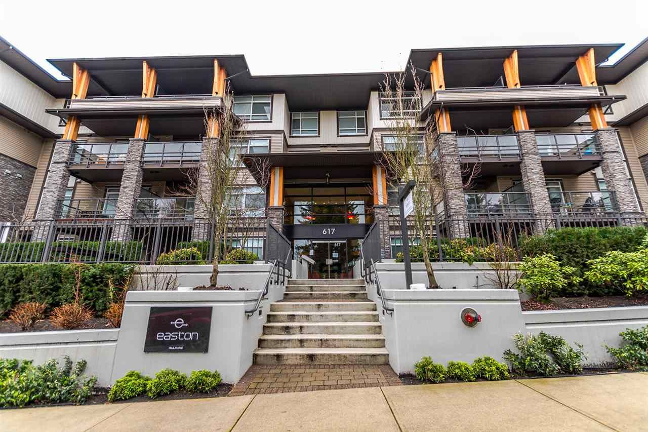 """Main Photo: 112 617 SMITH Avenue in Coquitlam: Coquitlam West Condo for sale in """"EASTON"""" : MLS®# R2239453"""