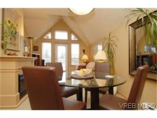 Photo 3: 404 663 Goldstream Ave in VICTORIA: La Fairway Condo for sale (Langford)  : MLS®# 499068