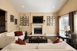 Photo 4: 165 WARRICK Street in Coquitlam: Cape Horn House for sale : MLS®# R2608916