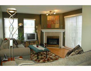 Photo 2: 405 1655 GRANT Avenue in Port Coquitlam: Glenwood PQ Condo for sale : MLS®# V804475