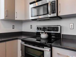 Photo 3: 10 243 Herold Terrace in Saskatoon: Lakewood S.C. Residential for sale : MLS®# SK815541