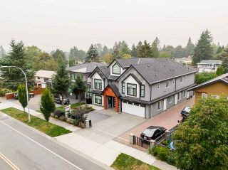 Photo 2: 8879 148 Street in Surrey: Bear Creek Green Timbers House for sale : MLS®# R2499971