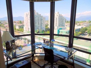 """Photo 3: 905 3438 VANNESS Avenue in Vancouver: Collingwood VE Condo for sale in """"CENTRO"""" (Vancouver East)  : MLS®# V841006"""