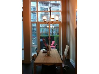 """Photo 5: 1463 W HASTINGS Street in Vancouver: Coal Harbour Townhouse for sale in """"WATERFRONT PLACE"""" (Vancouver West)  : MLS®# V1047188"""