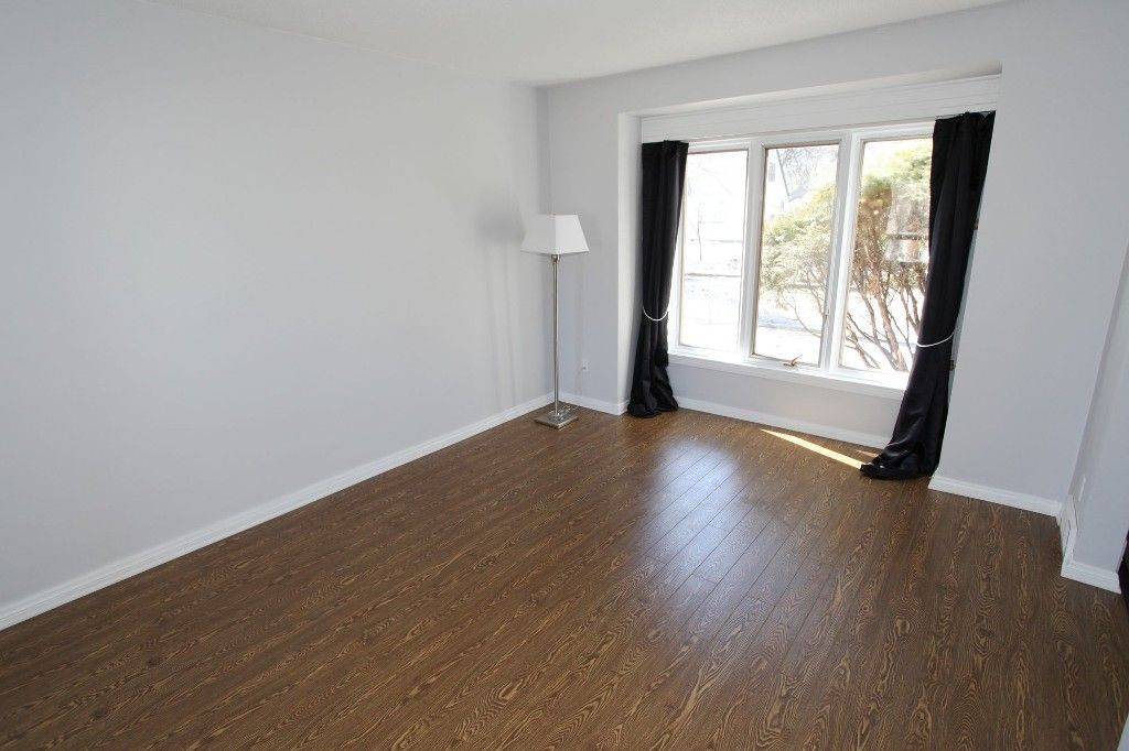 Photo 4: Photos: 963 Ashburn Street in Winnipeg: West End / Wolseley Single Family Detached for sale (West Winnipeg)  : MLS®# 1306767