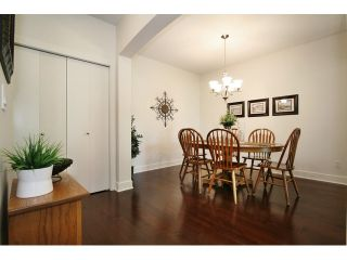Photo 5: # 205 16433 64 AV in Surrey: Cloverdale BC Condo for sale (Cloverdale)  : MLS®# F1436529