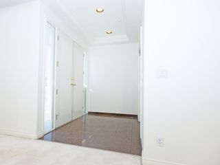 Photo 2: 3263 E 6TH Avenue in Vancouver: Renfrew VE House for sale (Vancouver East)  : MLS®# V1027396