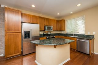 Photo 5: MISSION HILLS Townhouse for sale : 2 bedrooms : 1289 Terracina Ln in San Diego