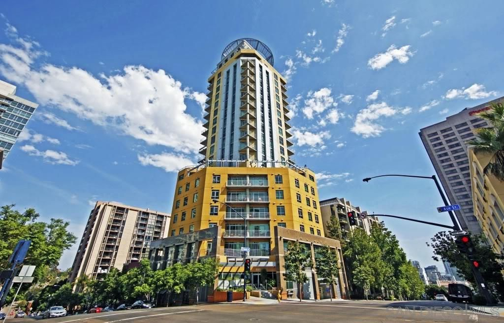 Main Photo: DOWNTOWN Condo for rent : 1 bedrooms : 801 Ash #902 in San Diego