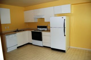 """Photo 3: 405 33165 2ND Avenue in Mission: Mission BC Condo for sale in """"MISSION MANOR"""" : MLS®# F2919194"""