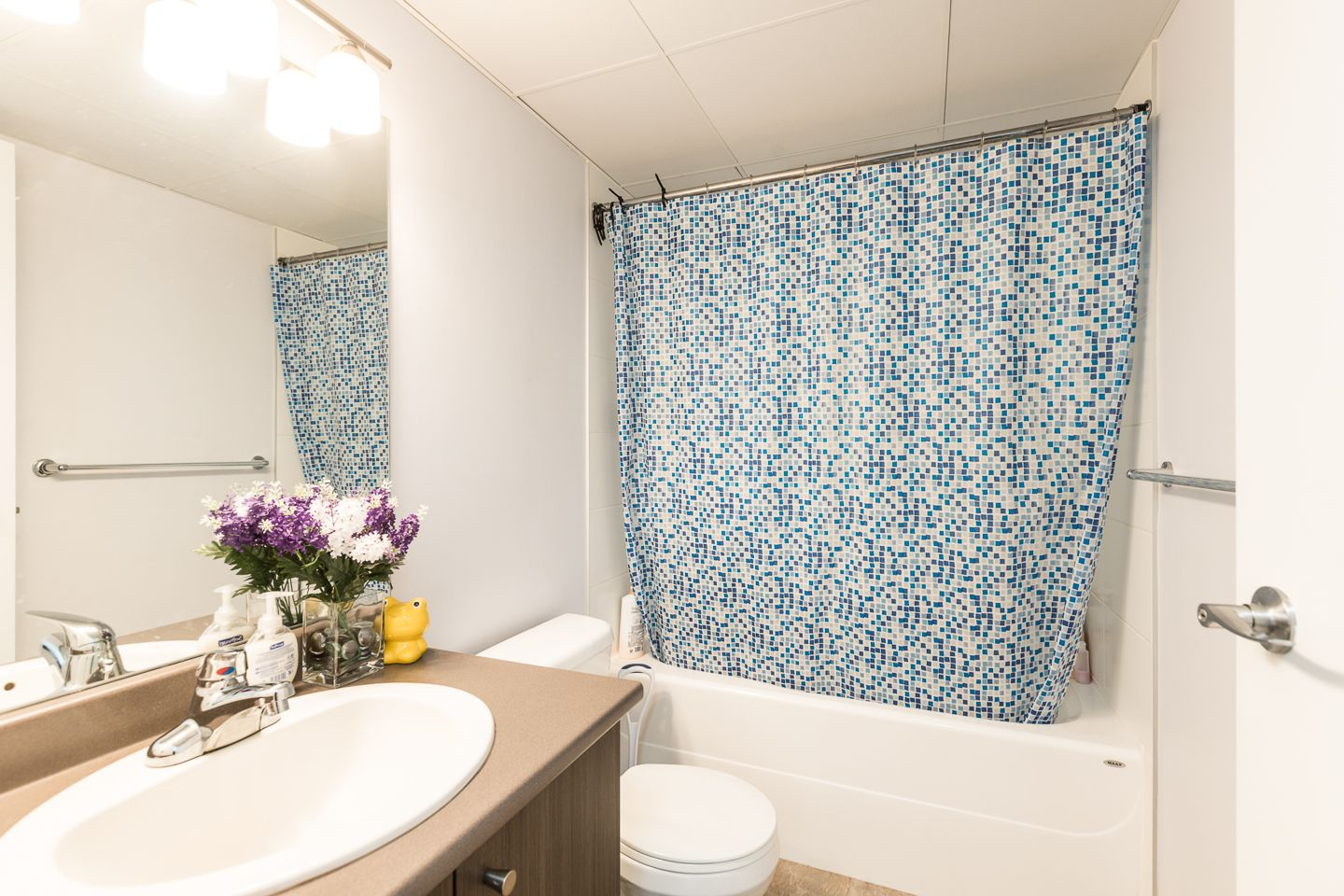 """Photo 7: Photos: 398 4133 STOLBERG Street in Richmond: West Cambie Condo for sale in """"REMY"""" : MLS®# R2346202"""