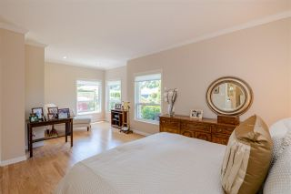 """Photo 12: 15 1881 144 Street in Surrey: Sunnyside Park Surrey Townhouse for sale in """"BRAMBLEY HEDGE"""" (South Surrey White Rock)  : MLS®# R2384004"""