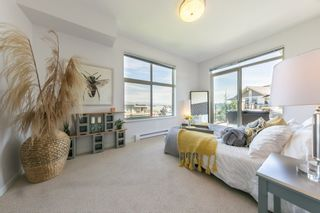 "Photo 22: 305 275 ROSS Drive in New Westminster: Fraserview NW Condo for sale in ""The Grove at Victoria Hill"" : MLS®# R2479209"