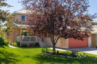 Photo 2: 65 ROYAL CREST Terrace NW in Calgary: Royal Oak Detached for sale : MLS®# C4235706