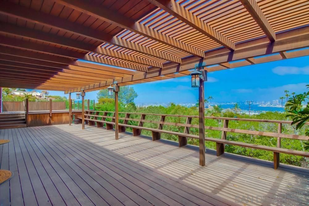 Main Photo: POINT LOMA House for sale : 3 bedrooms : 641 San Gorgonio Street in San Diego