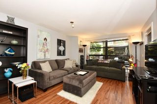 """Photo 2: 101 2137 W 10TH Avenue in Vancouver: Kitsilano Townhouse for sale in """"THE I"""" (Vancouver West)  : MLS®# R2097974"""