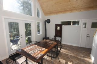 """Photo 3: BLK A HARRISON Lake: Harrison Hot Springs House for sale in """"Harrison Lake Waterfront"""" : MLS®# R2546600"""