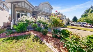 Photo 2: 6326 125A Street in Surrey: Panorama Ridge House for sale : MLS®# R2596698