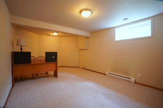 Photo 29: 19 Cadham Bay in Portage la Prairie: House for sale : MLS®# 202115588